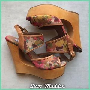 Steve Madden Wooden Wedges